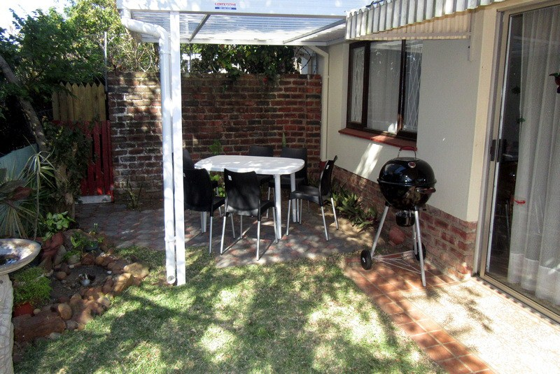 Meridean Villa 1 - Self Catering House in Ramsgate - Braai