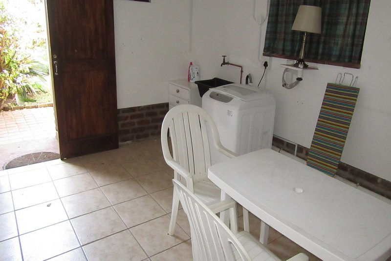 Meridean Villa 1 - Self Catering House in Ramsgate - Laundry