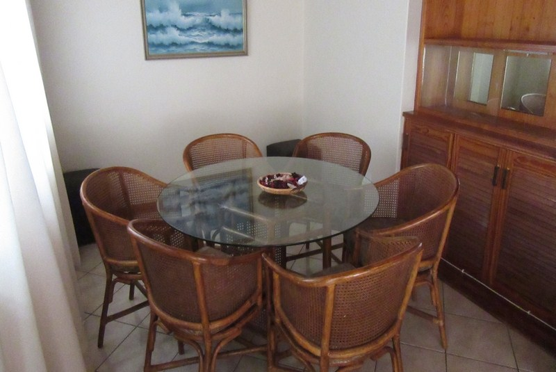 Meridean Villa 1 - Self Catering House in Ramsgate - Dining